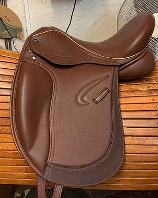 16-Avanti-Dressage-Saddle.jpg