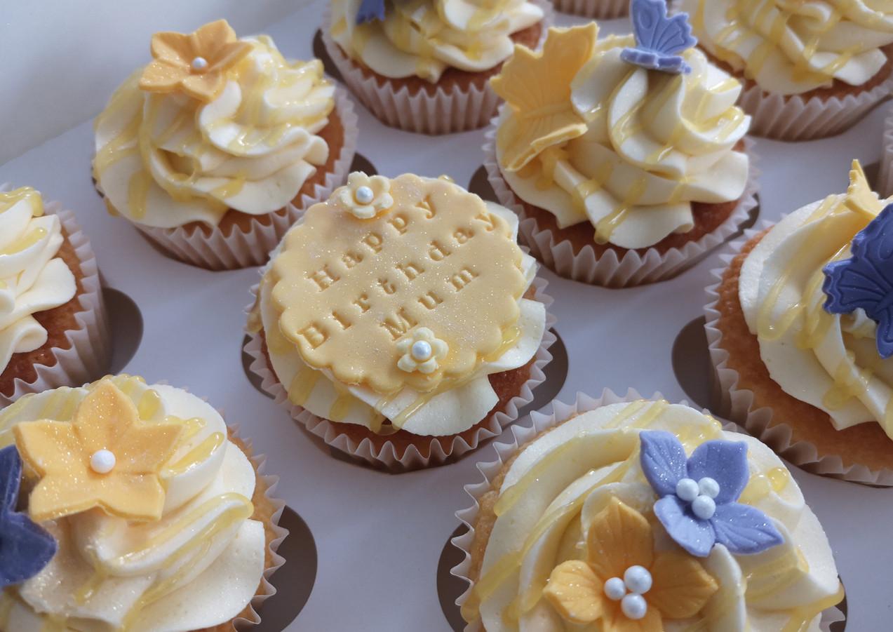 Happy-Birthday-mum-cupcakes-Cornwall.jpg
