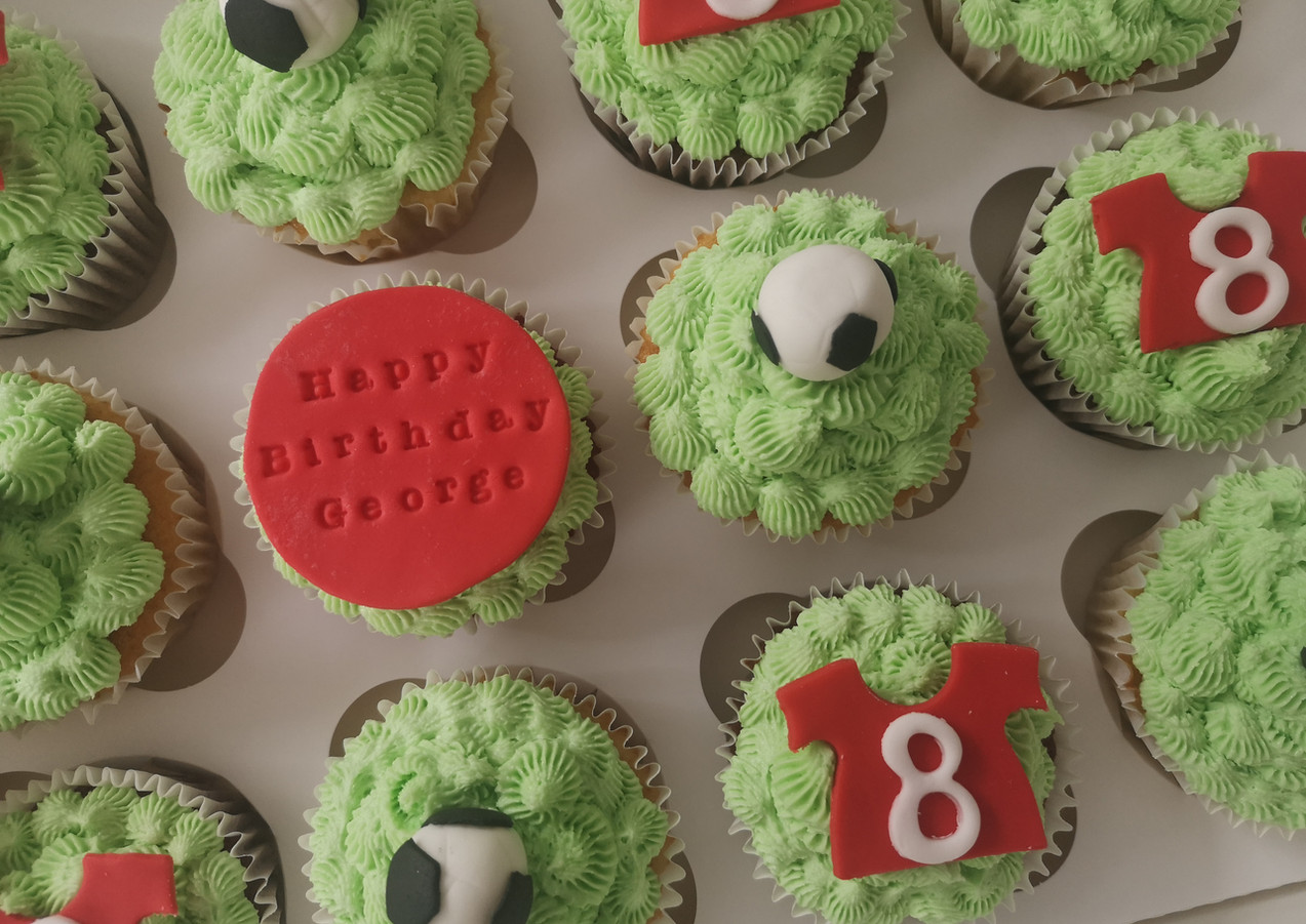Football-themed-cupcakes-Cornwall.jpg