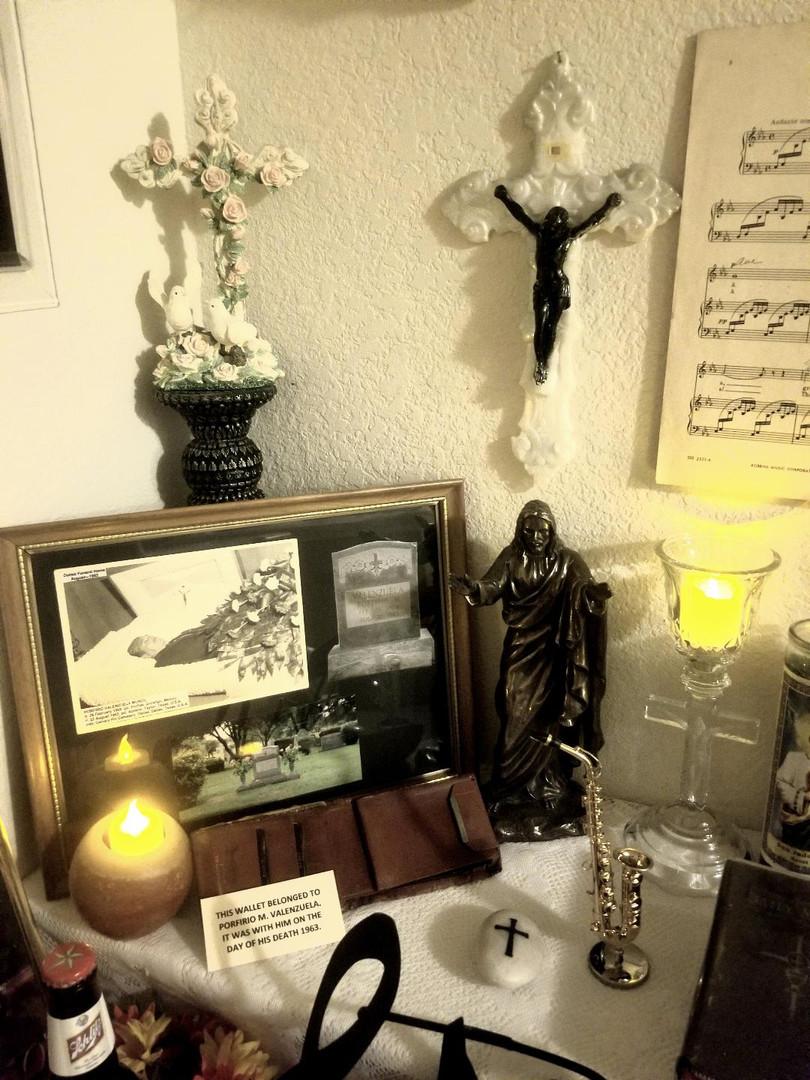 Altar of the Valenzuela family