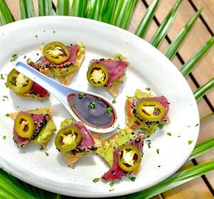 "seared tuna ""nachos"".jpg"