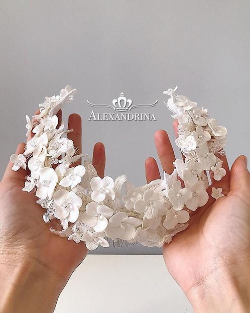 Ribbon White Flower