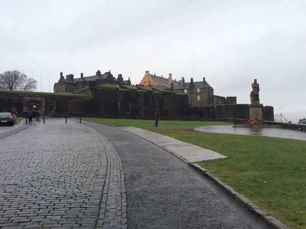 Crit Under The Castle