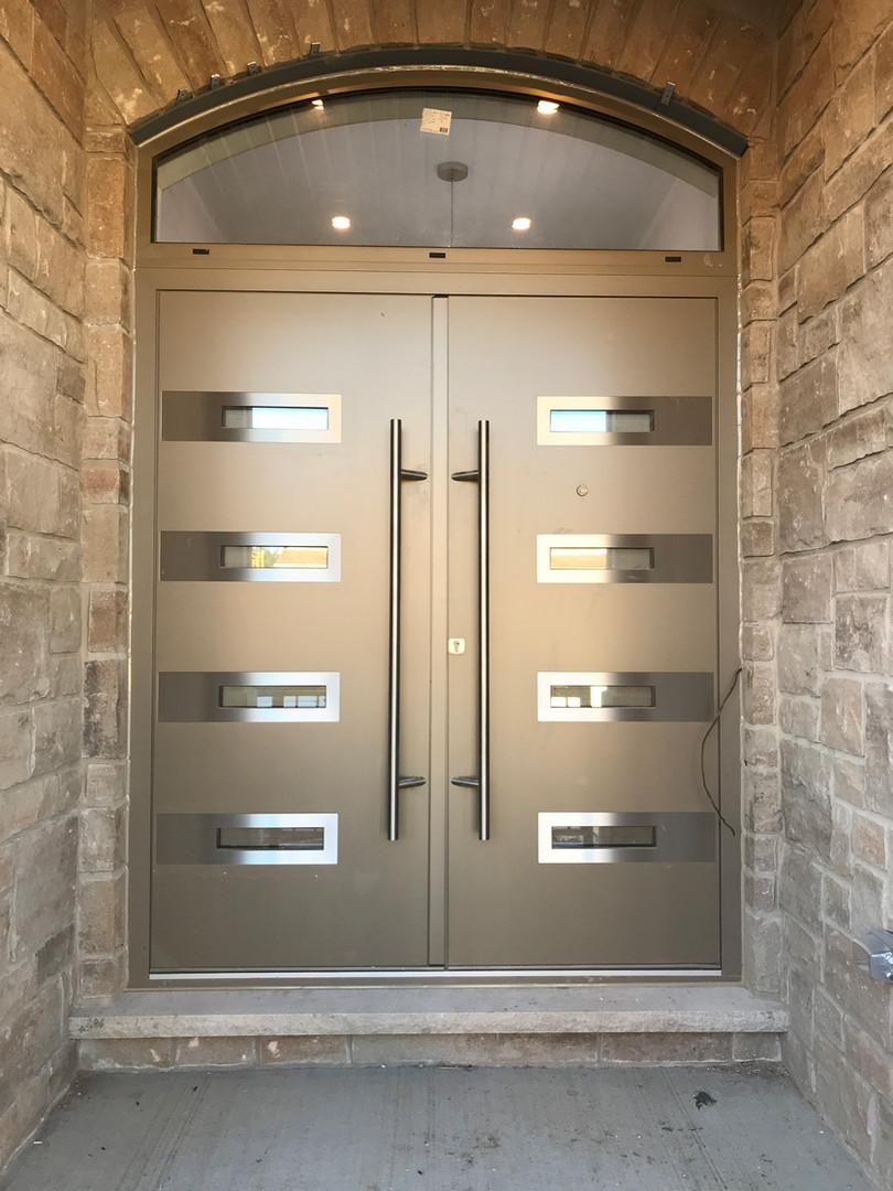 Front Door with transom - aluminum