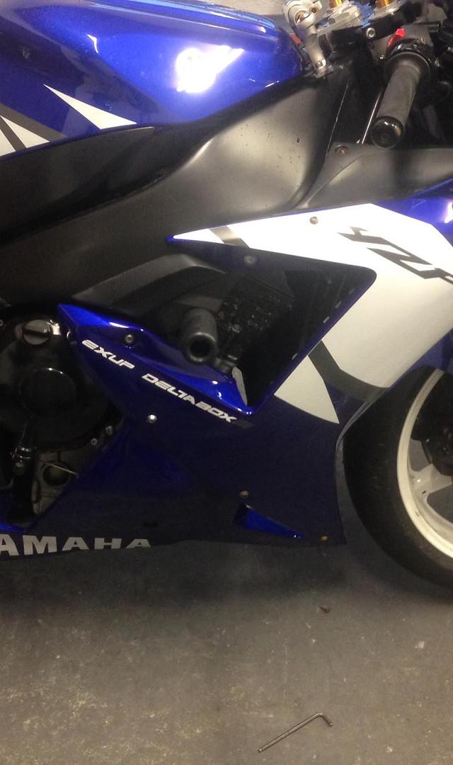 2002 Yamaha