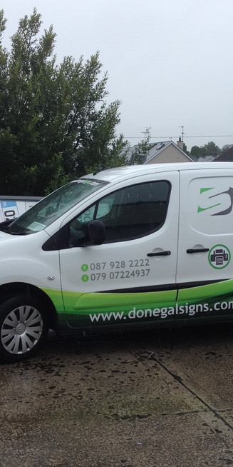 Donegal Signs