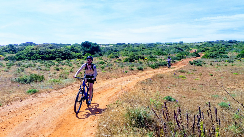 Speeding in dirt roads
