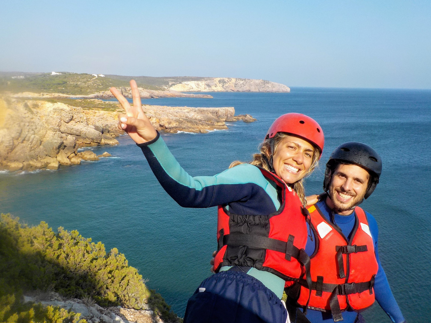 Happy couple Coasteering Algarve