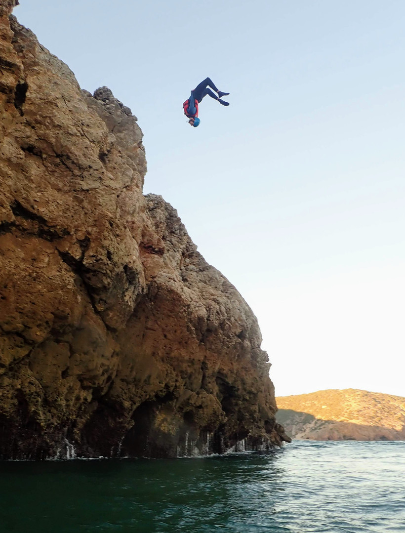 Huge Gainer cliff jumping near Lagos