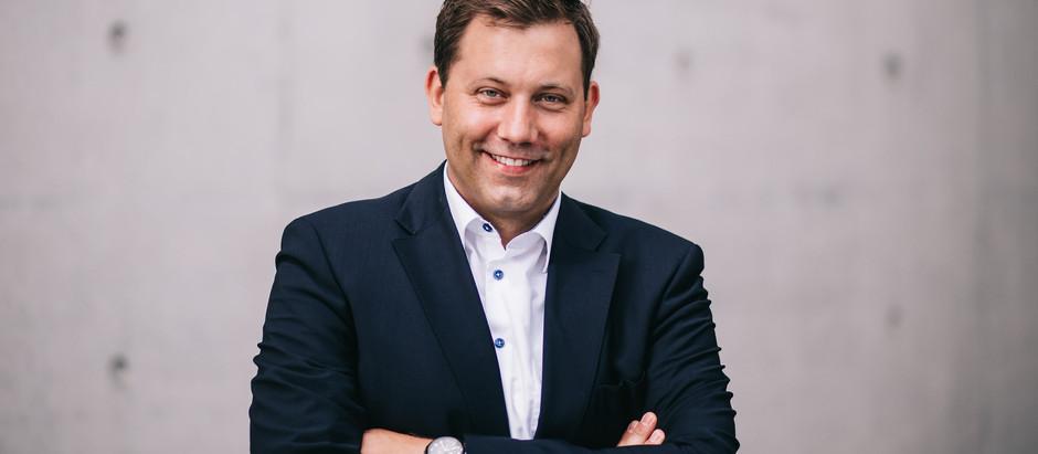 Lars Klingbeil unterstützt Toleranz-Tunnel