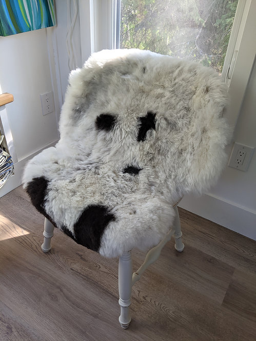 M32 Icelandic Sheepskin rug for sale