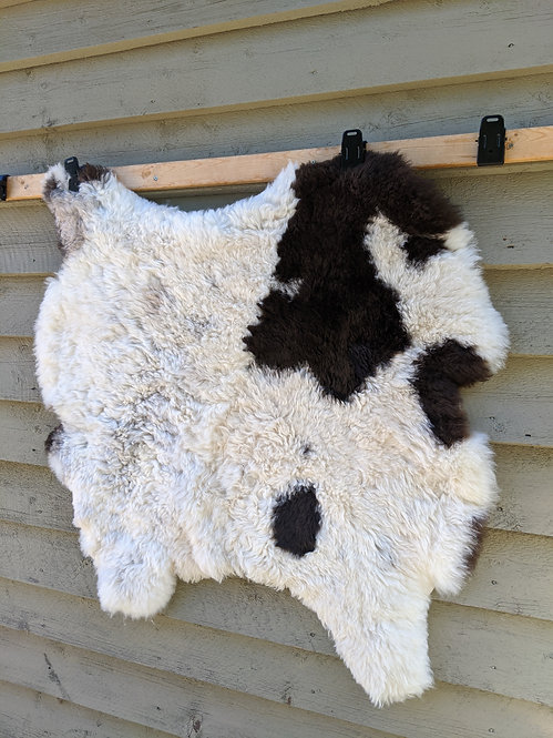 Oh #1 Double Icelandic sheepskin rug