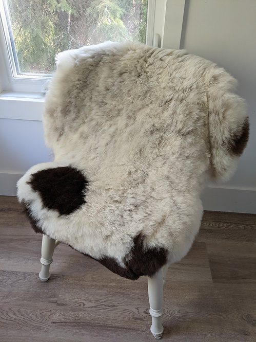 M45 Icelandic Sheepskin rug for sale