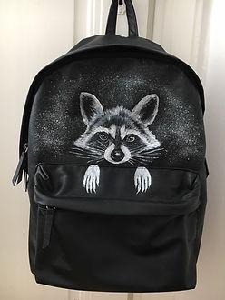 textile painting, textile art, power animals, animal art, tekstiilimaalaus, tekstiilitaide, eläintaide, voimaeläin, pesukarhu, raccoon