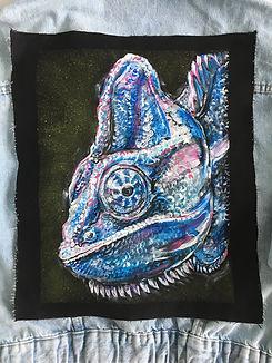 textile painting, textile art, power animals, animal art, tekstiilimaalaus, tekstiilitaide, eläintaide, voimaeläin, chameleont, kameleontti