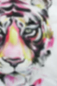 textile painting, textile art, power animals, animal art, tekstiilimaalaus, tekstiilitaide, eläintaide, voimaeläin, tiger, tiikeri, close up