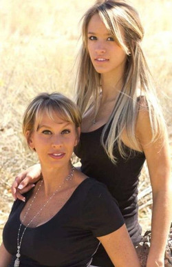 Renee & Paige