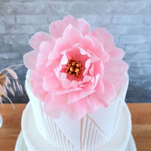 Edible pink wafer paper peony.jpg