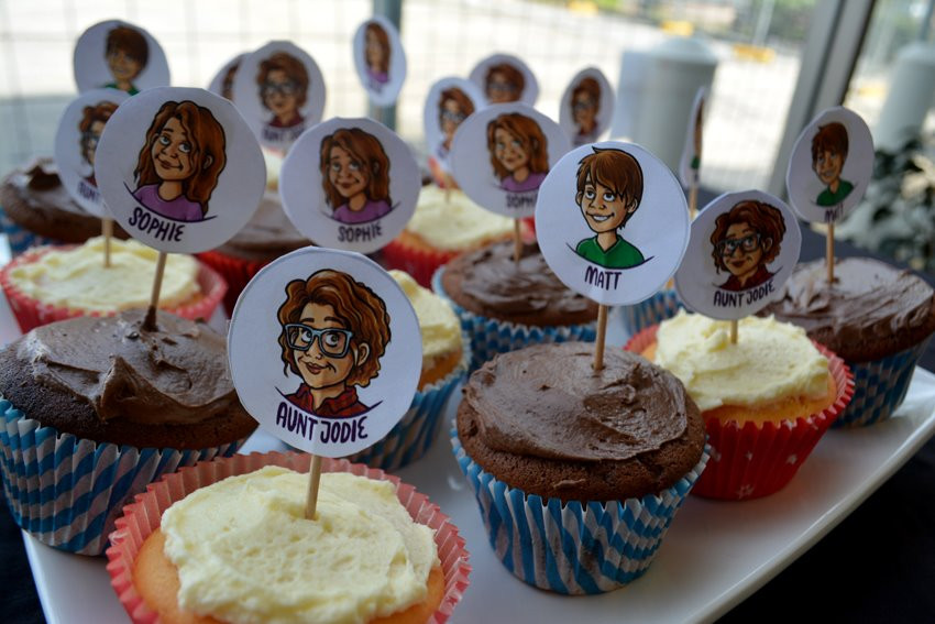 Cupcakes with images of Aunt Jodie, Matt and Sophie on top