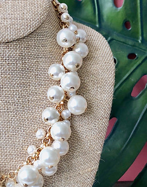 Molly Pearl Bauble Necklace by Prep Obsessed