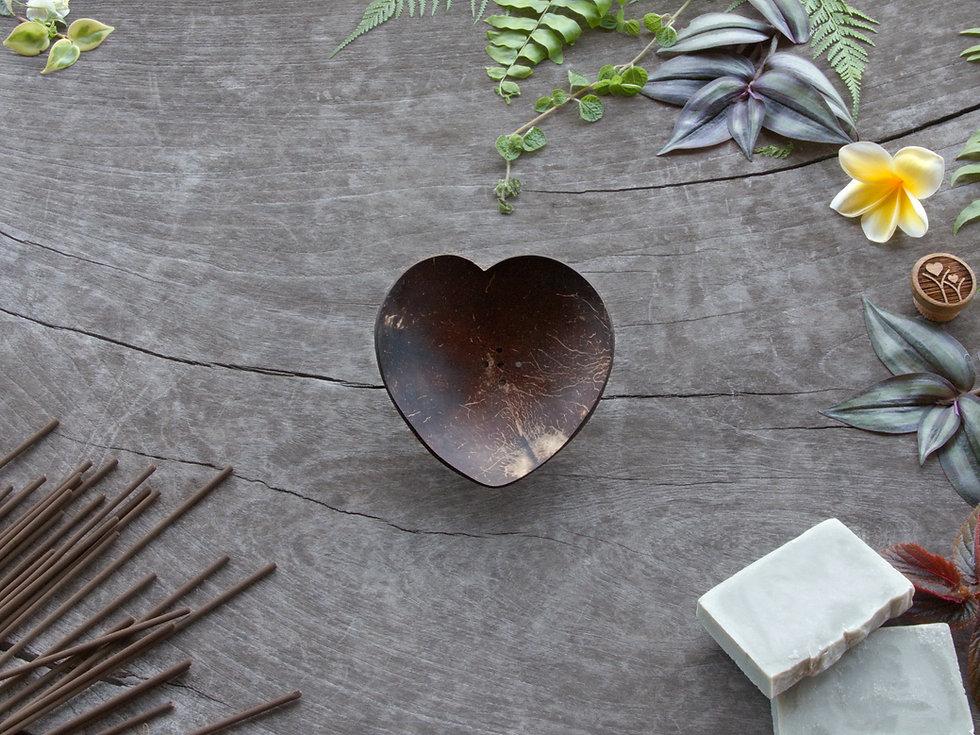 Soap - Incense Tray - Heart.jpg