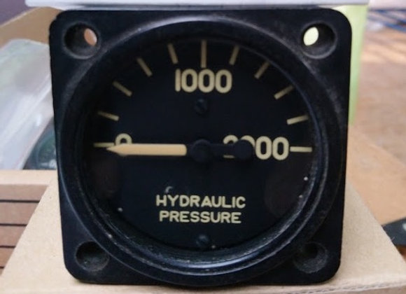 HYDRAULIC MANOMETER The Electric Auto Lite 0-2000