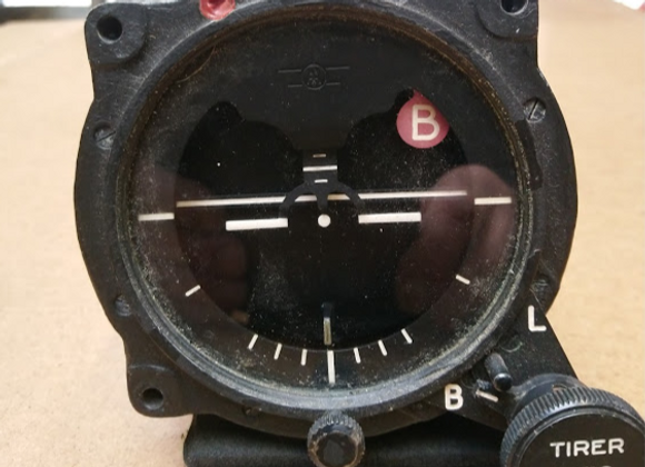 ATTITUDE GYRO Appareillage Aéronautique Type 12