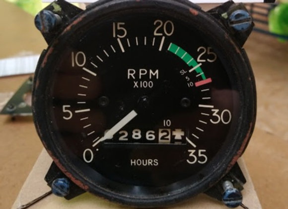 MECANICAL TACHOMETER Steward Warner
