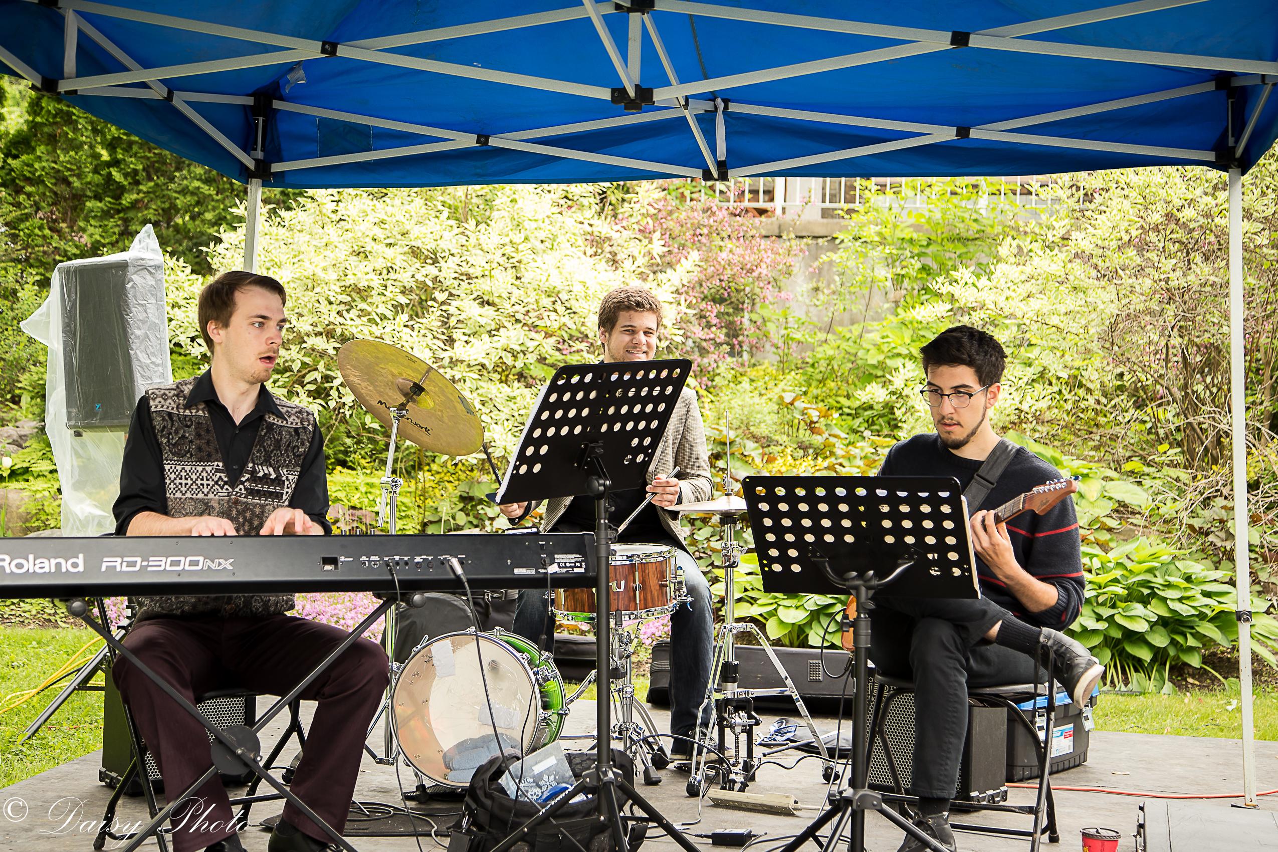 Quartet Trio