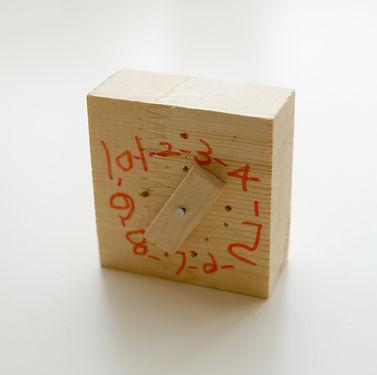 木製玩具時計