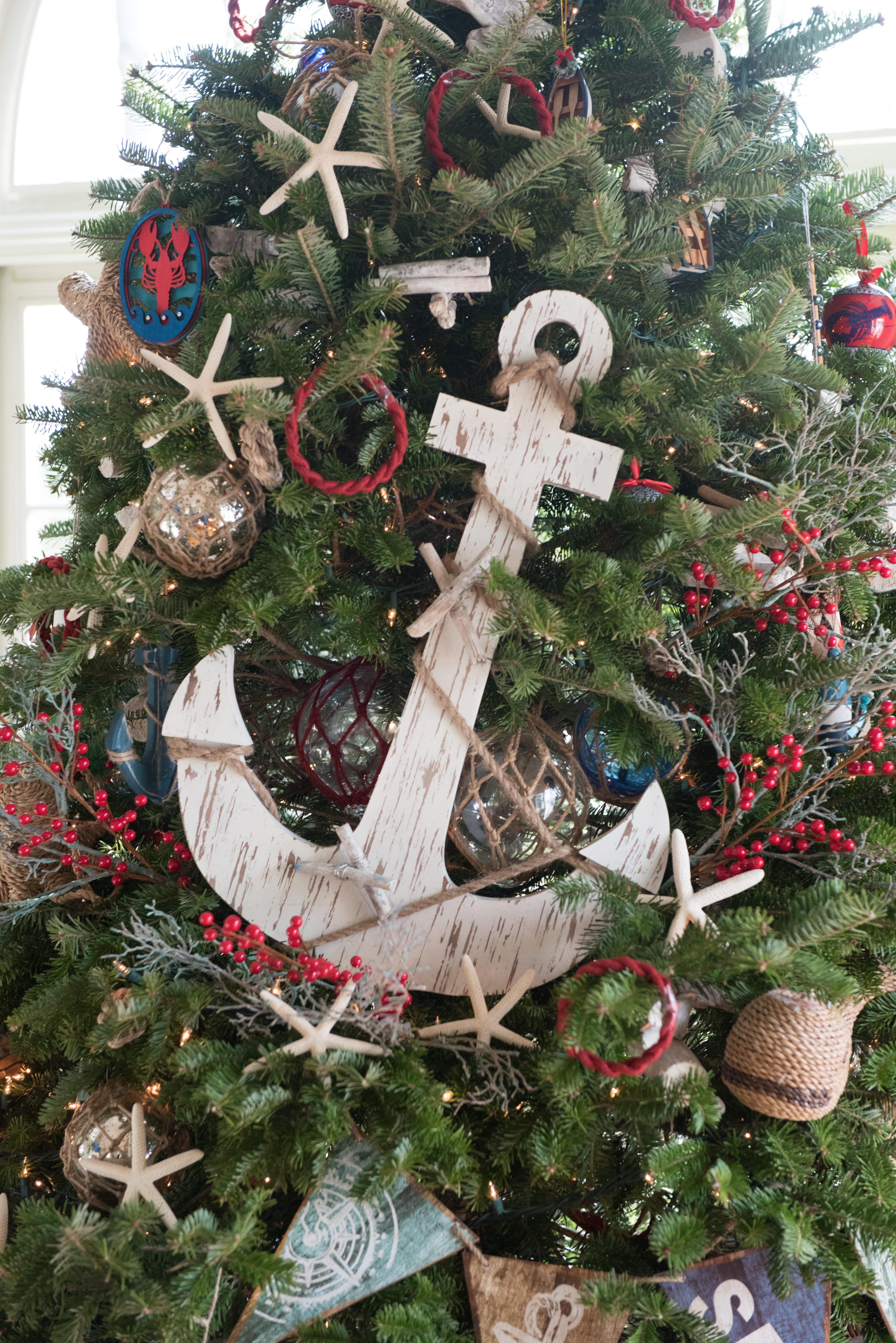 coastal inspired holiday tree