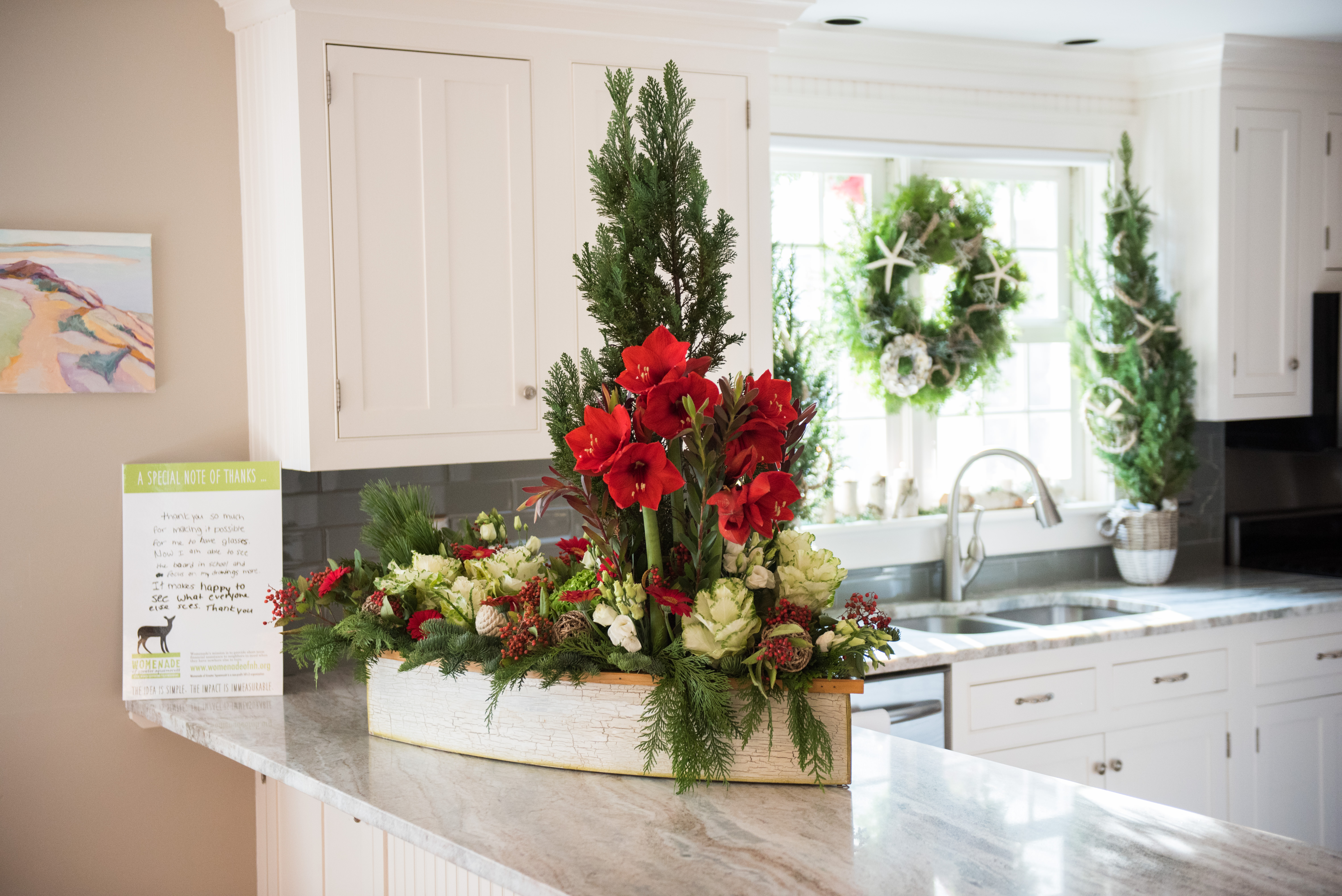 coastal holiday floral arrangement