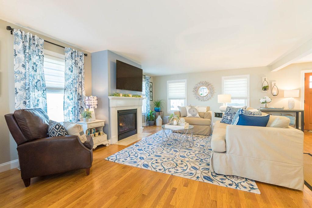 blue, white & tan living room design