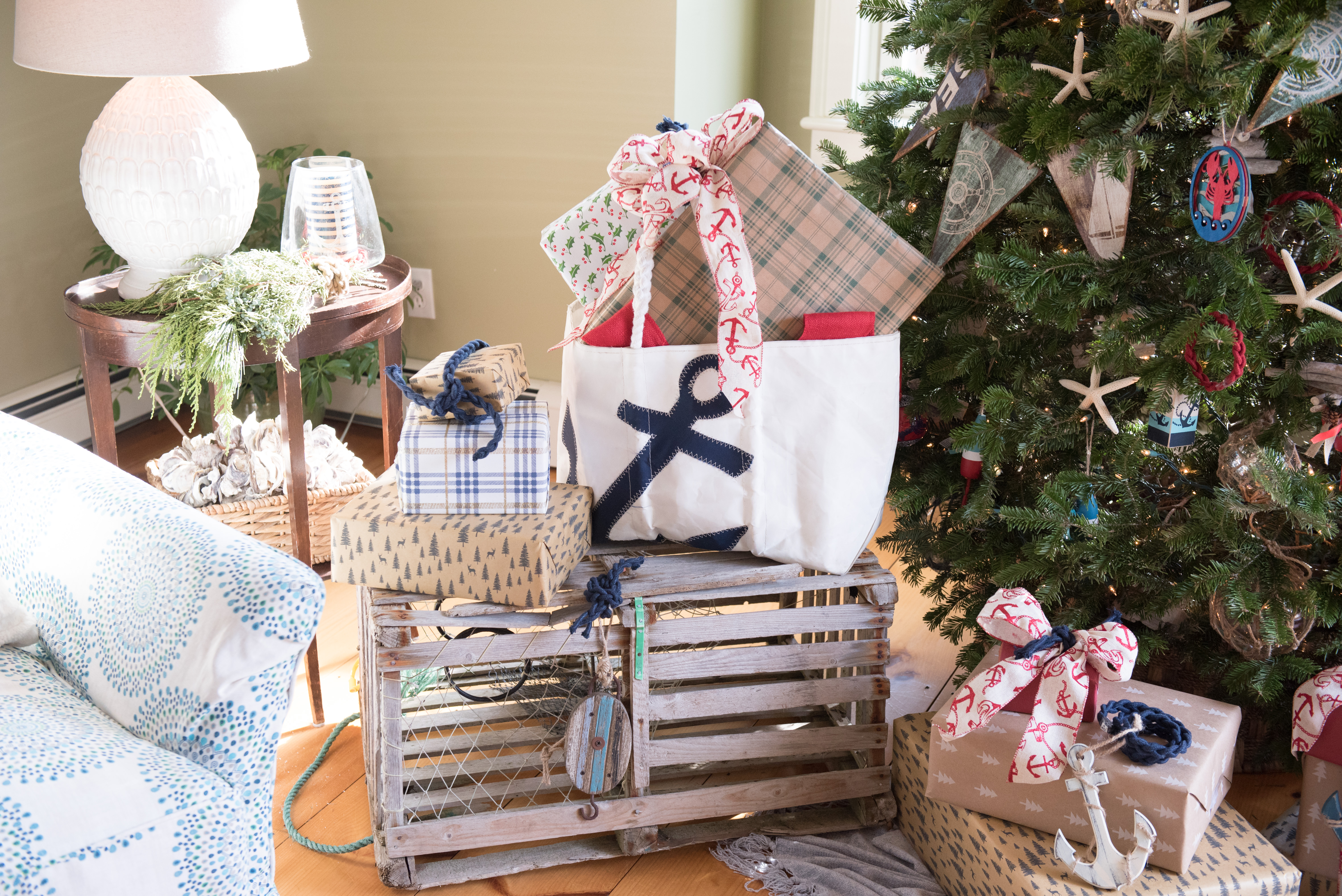 coastal inspired gift wrapping