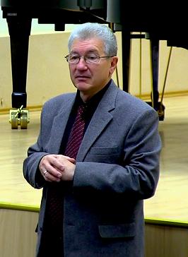 Емельянов В В.png