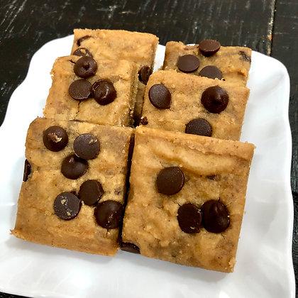 Peanut Butter Chocolate Chip Fudge Bar
