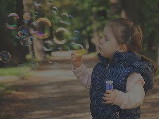 kid-1241817_1920_edited.jpg