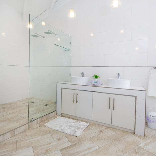Walk In Shower With Double Basins