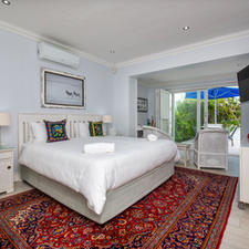 Max Suite with View onto Private Garden