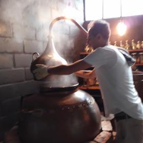 Distilling Vat