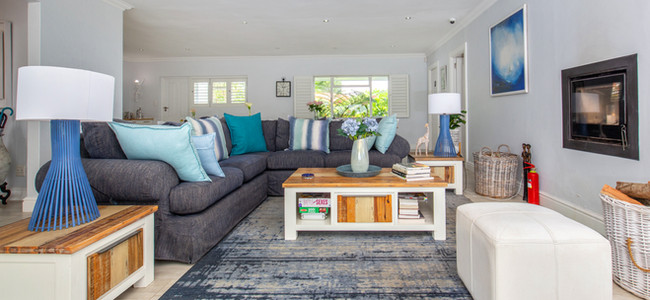 Lounges with fireplace & concertina doors for summer