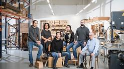 Somos os rockstars da madeira maciça.  E estamos na Revista Urbana!