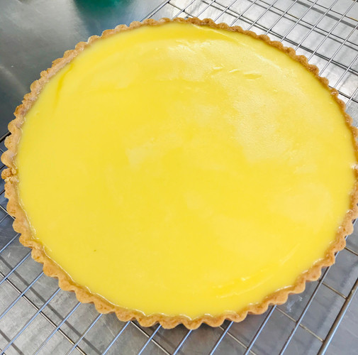 Tart made with Sicilian lemons and a shortcrust pastry case, vegetarian