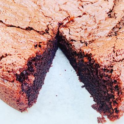 Vegan chocolate cake, moist chocolate brownie