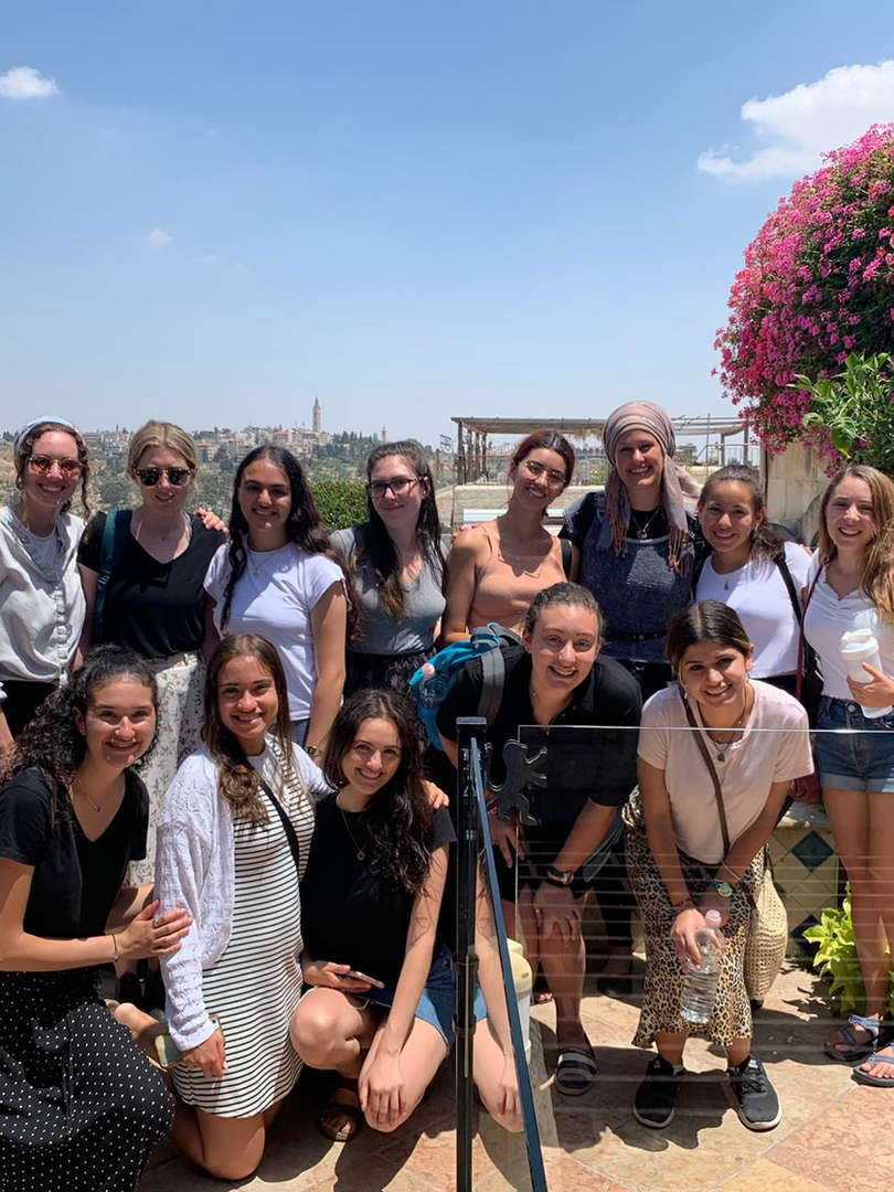 Land your dream internship in Israel while exploring Jewishly!