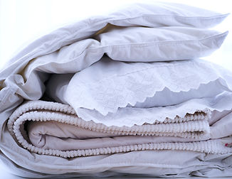 Pillows%20And%20Blankets_edited.jpg