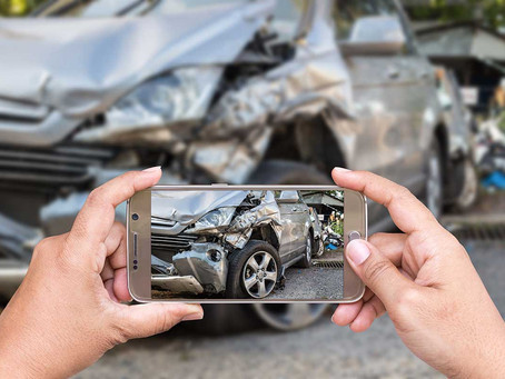 In an Accident, Do not Leave the Scene Without These Things