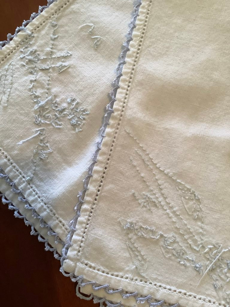 vintage linen napkins with hand embroidery