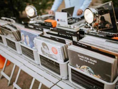 Le Bar à Vinyles : la touche vintage et décalée pour vos événements d'entreprise