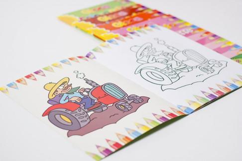 album-gioca-colorando3-900x600.jpg